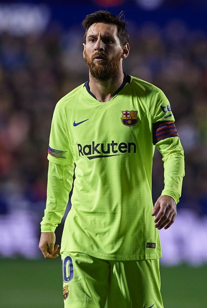 football player messi photo