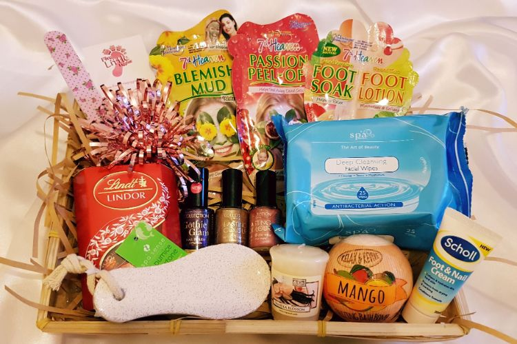 For the lady who loves Gift Hampers