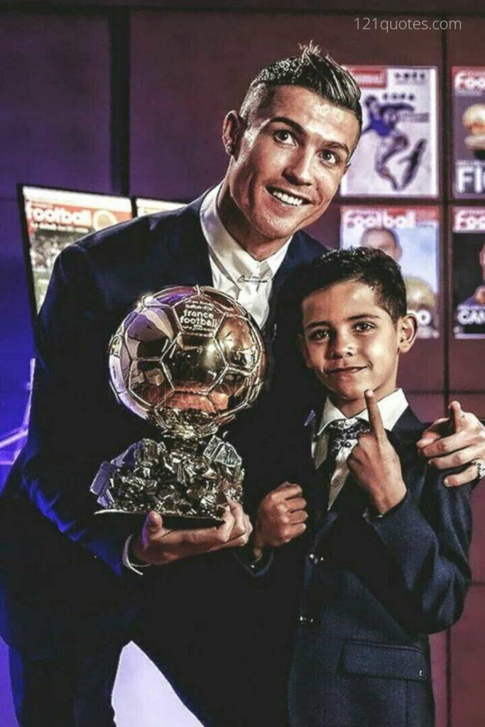ronaldo with his son wallpaper